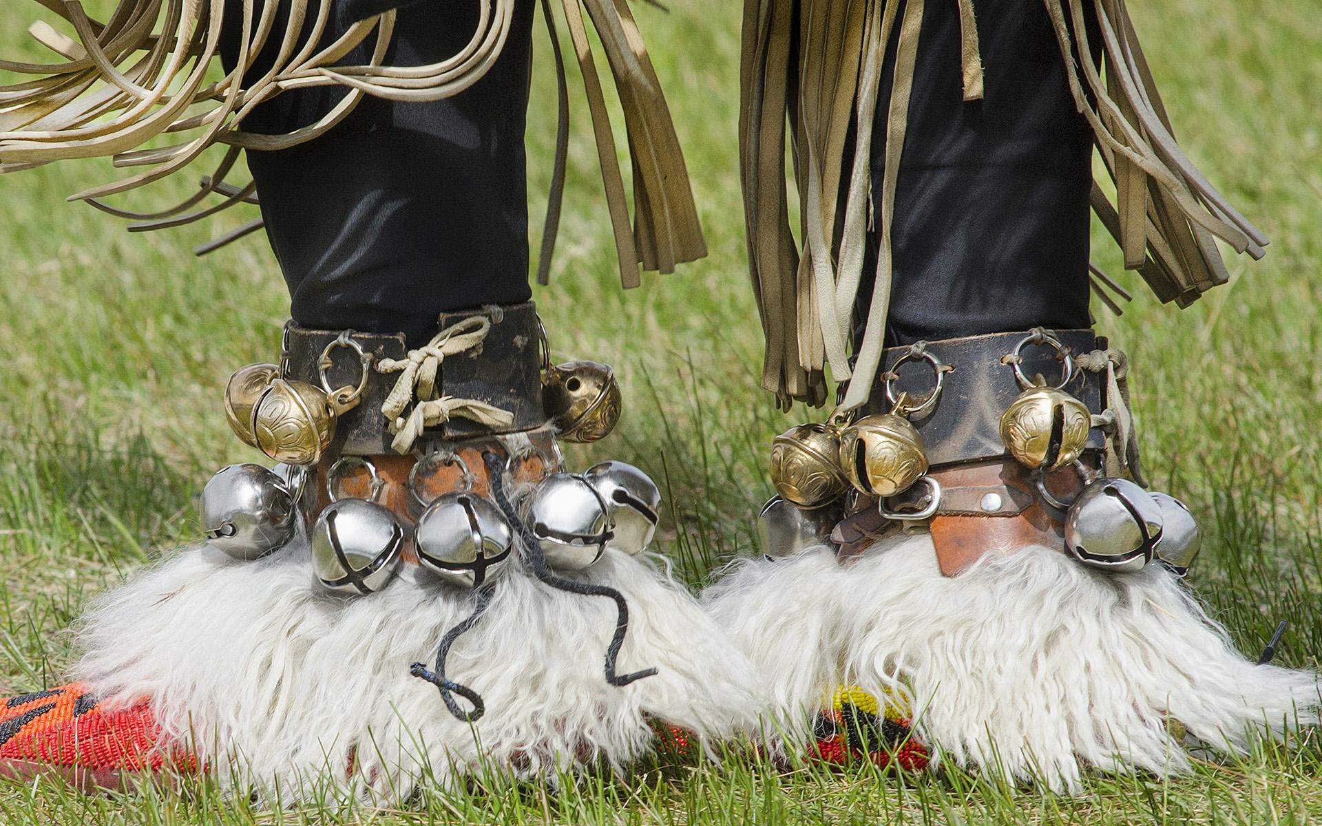 PowWow-Bells